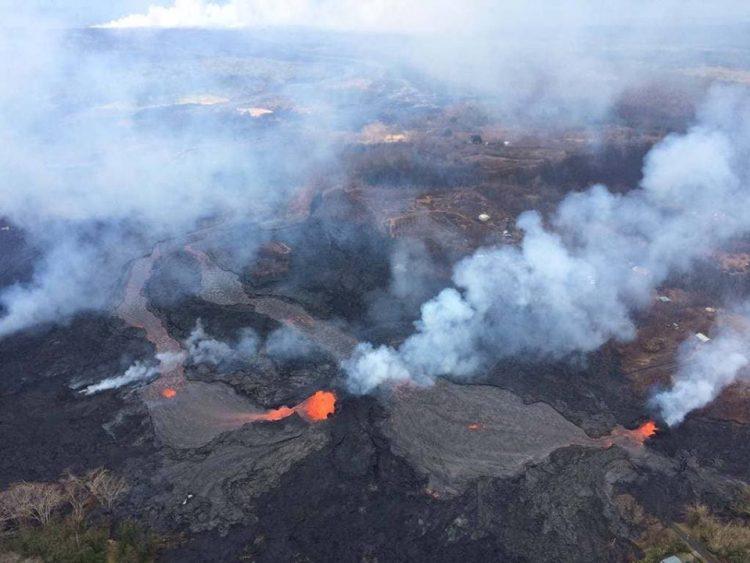 بركان كيلوا الذي اندلع منذ أسابيع في أكبر جزر هاواي يتسبب بدمار 40% من مباني الجزيرة