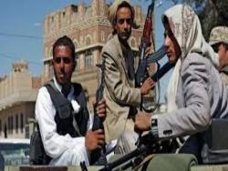 مليشيا الحوثي تنقل السلاح ليلا إلى ذمار لاستحداث معسكر جديد والأهالي يرفضون