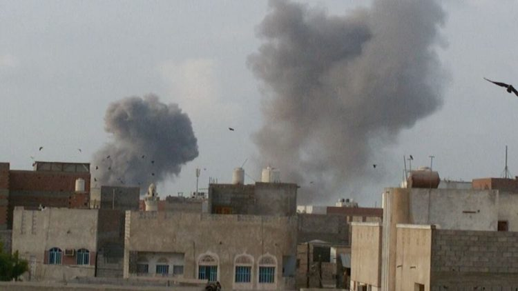 الحديدة: تجدد المعارك بالتزامن مع وصول المبعوث الأممي إلى صنعاء