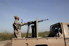 بعد اقتراب قوات الجيش من مدينة الحديدة مليشيا الحوثي تقوم بنقل عشرات المختطفين الى صنعاء