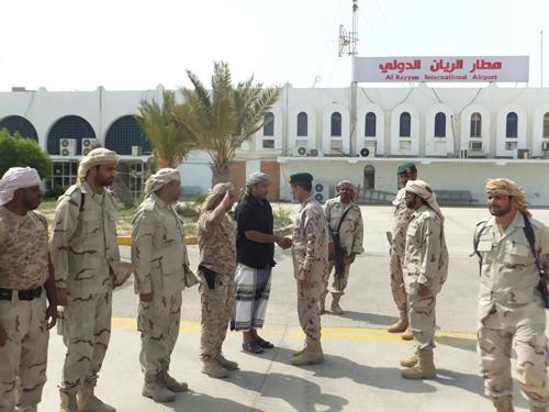 """""""عوض الدقيل"""" في السجن للعام الثالث على التوالي والقيادة الإماراتية بالمكلا ترفض أوامر الافراج عنه"""