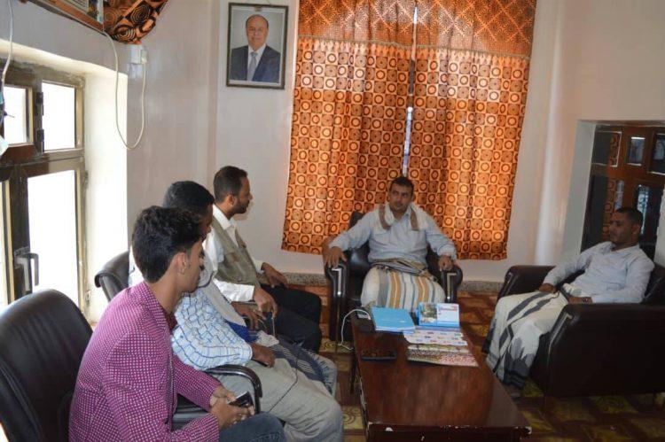 محافظ سقطرى يلتقي منظمات المجتمع المدني المحلية والاقليمية