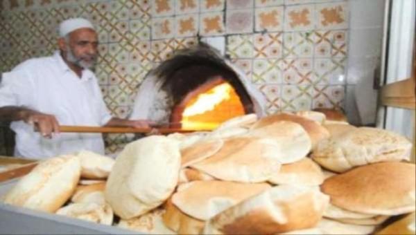 مليشيا الحوثي تقوم بإغلاق معظم أفران الخبز بمدينة الحديدة لافتعال أزمة إنسانية