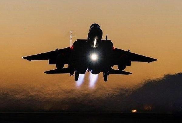 صنعاء: التحالف يشن غارات ليلية دك فيها مخازن لطائرات المليشيا المسيّرة