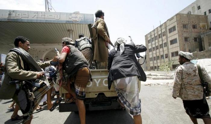 حرب شوارع.. ومليشيا الحوثي تنهار في الحديدة