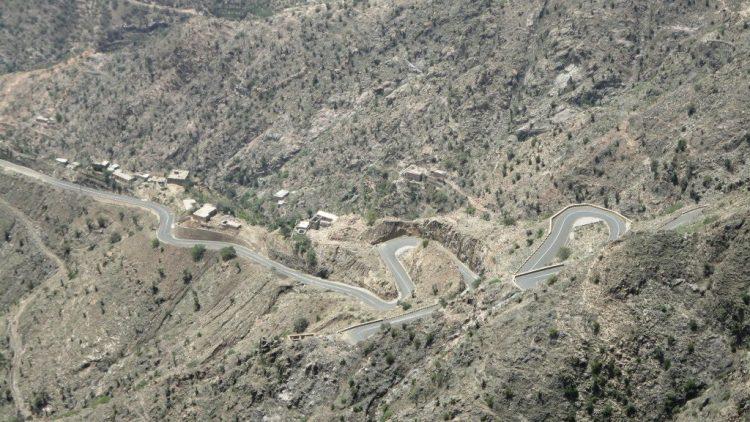 قوات الشرعية تسيطر على مواقع للحوثيين بمحافظة لحج
