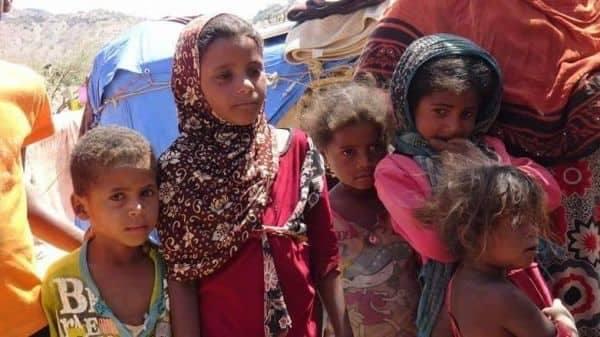 نازحي الحديدة في صنعاء يعانون من معاملة الحوثيين لهم ويقولون أنها أشبه بمعاملة السجناء
