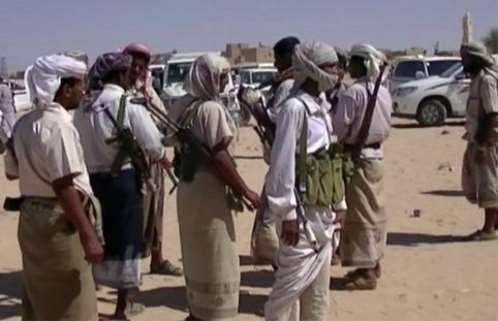 مقتل وإصابة 4 أشخاص في اشتباكات بين مسلحين قبليين في أبين