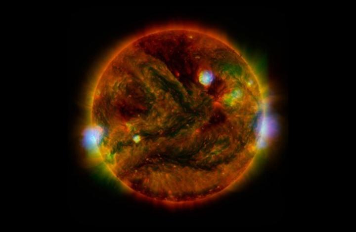 مجلة أمريكية تنشر تقريراً يتحدث عن فشل علماء الفلك في تحديد تركيبة الشمس