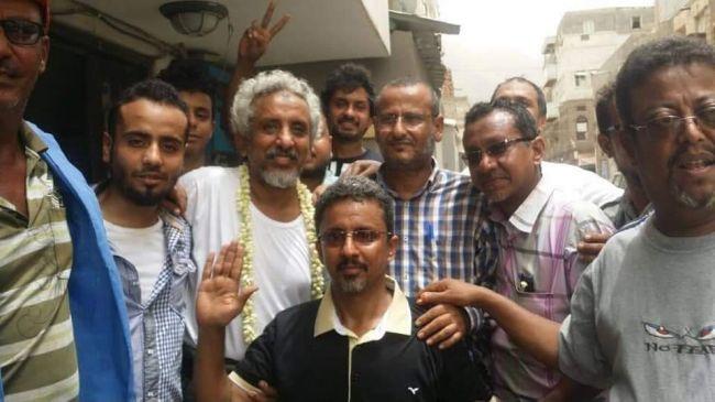 """بعد اربعة أشهر من اعتقاله دون تهمة.. أمن عدن يطلق الداعية """"باحويرث"""""""