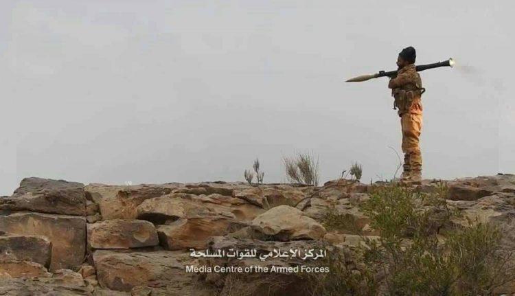 قوات الجيش تحرر مواقع جديدة في صعدة وتطبق الحصار على مركز مديرة باقم شمال المحافظة