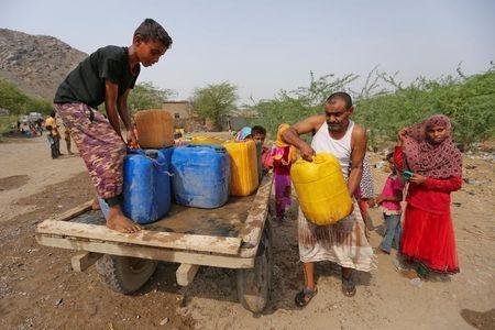 المليشيا الحوثية تقطع مياه الشرب عن سكان مديرية الدريهمي جنوب الحديدة