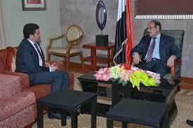 نائب رئيس الجمهورية يثمن توجيه الملك سلمان بمنح مشتقات نفطية للكهرباء بالمناطق المحررة