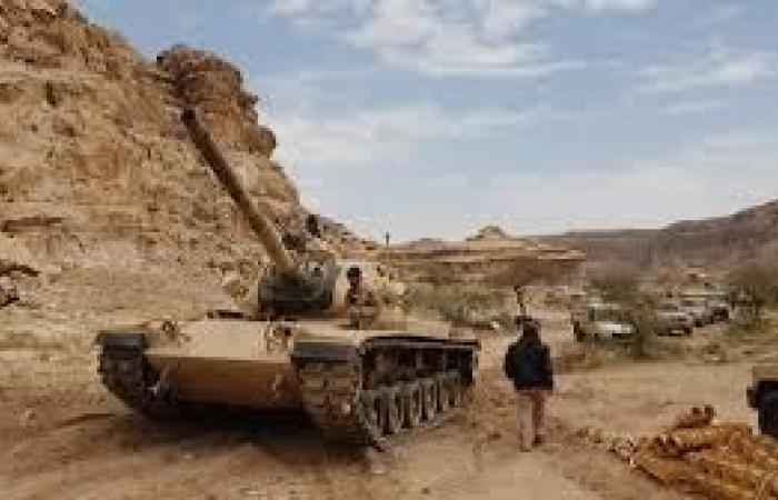 قوات الجيش تسيطر على مواقع جديدة في الملاحيظ بصعدة وتصل إلى عقبة مران