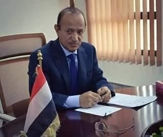 السلطة المحلية بتعز تدين محاولة اغتيال محافظ المحافظة وتطالب الجهات بسرعة التحقيق بالحادثة
