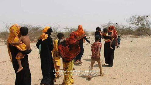 مليشيا الحوثي تقصف منازل أهالي قرية السادة بحيران وتجبرهم على النزوح بالقوة