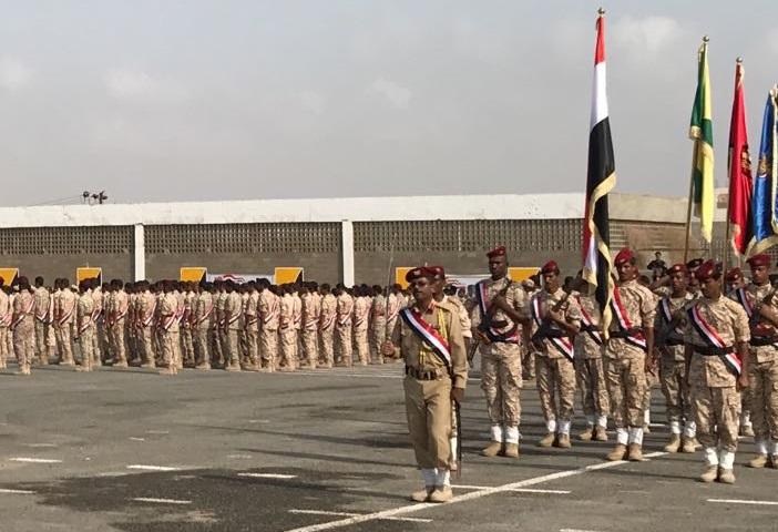 عدن.. مليشيات المجلس الانتقالي تطلق النار على طلاب الكلية العسكرية بسبب رفع العلم اليمني