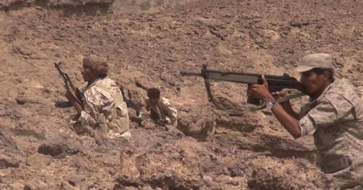 قوات الجيش تحرر مواقع جديدة في مديرية الملاجم بمحافظة البيضاء