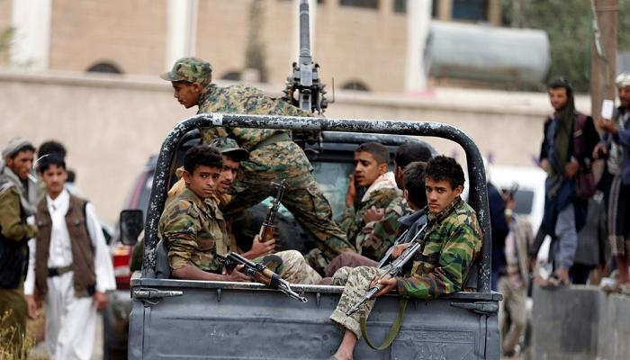 مقتل أكثر من 20 مسلحا حوثيا بانفجار الغام زرعتها المليشيات في عبس