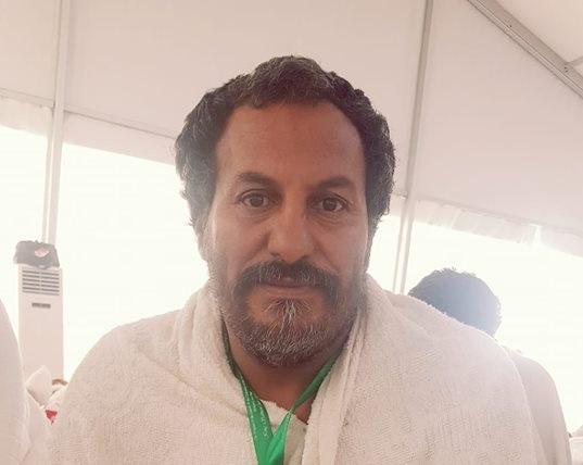 بعد 3 سنوات على القضية.. حاج يمني يعفو عن قاتل ابنه وهو في عرفات