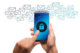 7 علامات تدل على اختراق هاتفك الذكي وأن هناك من يتجسس عليك