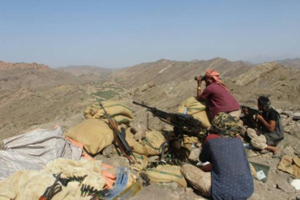"""تعز: الجيش الوطني يحرر مواقع استراتيجية في """"جبهة الشريجة"""""""