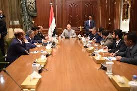 رئيس الوزراء يكشف أهم قرارات اللجنة الإقتصادية ونسبة الزيادة في رواتب القطاع المدني