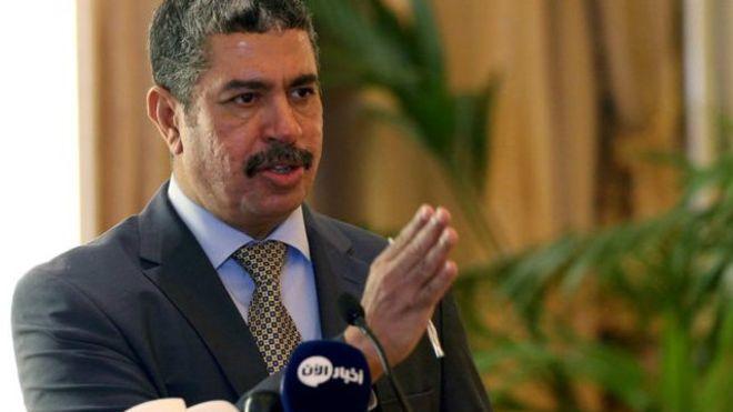 مسؤول يمني سابق موال للإمارات يشن حملة مع الحوثيين ضد الرئيس هادي
