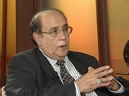 قيادي جنوبي: الرئيس هادي لم يقصي المجلس الانتقالي والأخير لا يمثل الجنوبيين