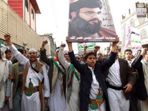 صحيفة: الحوثيون يجنسون أجانب يشاركون بالقتال في صفوفهم