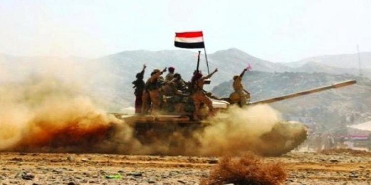 قياديين في مليشيا الحوثي يلقيان مصرعهما بقصف مدفعي لقوات الجيش في باقم