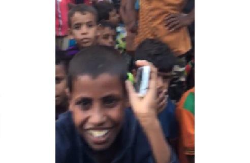 """فضيحة مدوية للهلال الاحمر الاماراتي في سقطرى """"فيديو"""""""