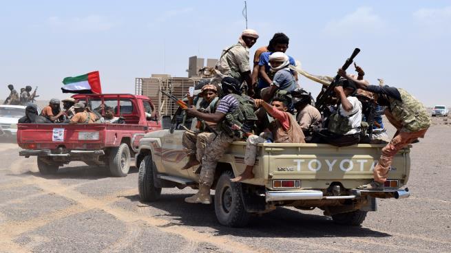 معركة الحديدة.. تهميش الحكومة الشرعية وأطماع الإمارات