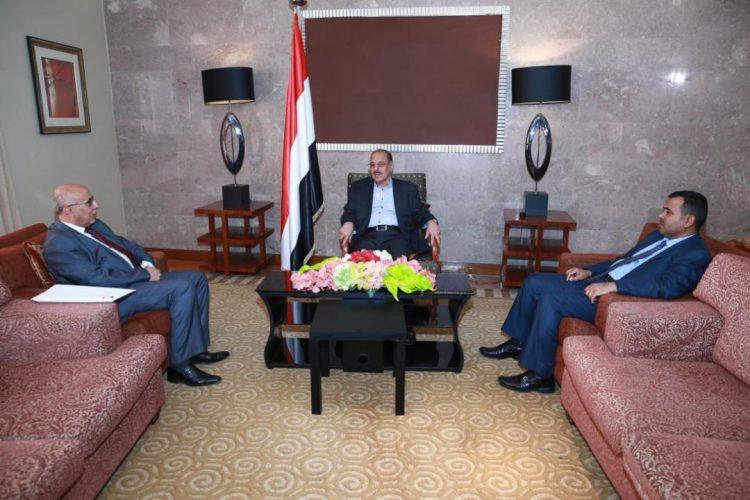 فتح يطلع نائب رئيس الجمهورية على جهود الوزارة واللجنة العليا للإغاثة