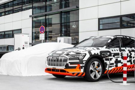أودي تعزز مجموعتها الواسعة من خيارات شحن سيارة Audi e-tron -