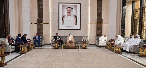 وصول وفد برلماني يمني إلى الكويت في زيارة رسمية لمناقشة علاقات البلدين وسبل تعزيزها