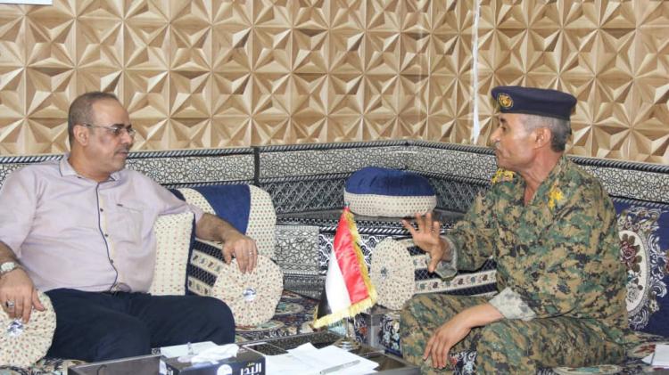 وزير الداخلية يناقش مع قائد قوات الأمن الخاصة في تعز الاحتياجات العاجلة للقوات الخاصة