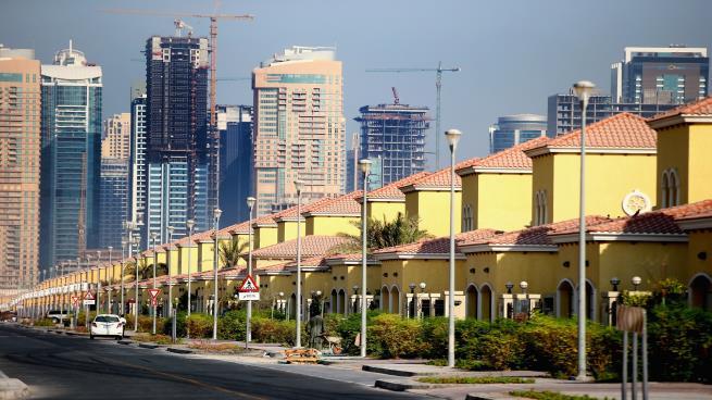أسهم شركات كبرى تتراجع 30% بعد تهاوي عقارات دبي