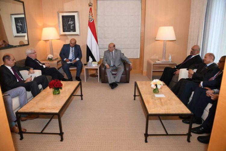 """نيويورك: رئيس الجمهورية يلتقي المبعوث الاممي الى اليمن """"مارتن غريفيث"""""""