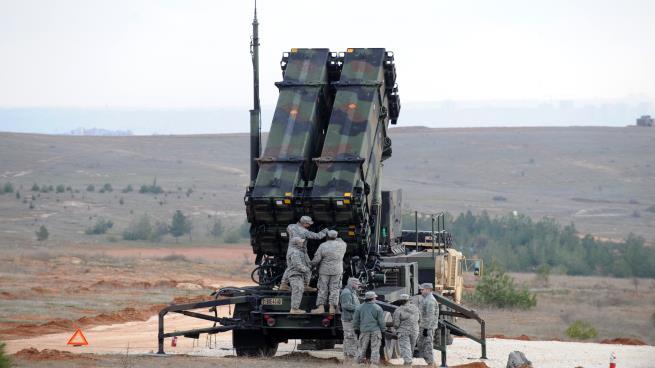 صحيفة أمريكية: واشنطن ستسحب بعض أنظمة الصواريخ من الشرق الأوسط