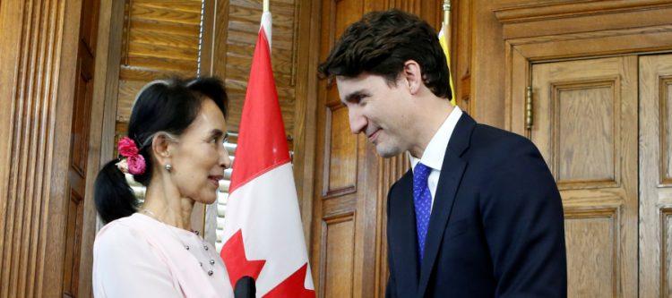 """لرفضها إدانة """"إبادة"""" أقلية الروهينغا المسلمة.. كندا تسحب الجنسية الفخرية من أونغ سان سو تشي"""