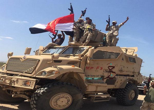 كيف ردت الوية العمالقة على الانقلابيين في عدن