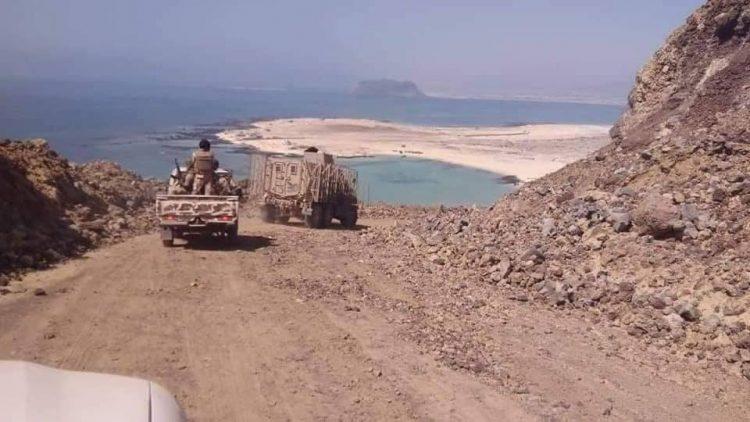 """قوات ما تسمى بــ""""النخبة الشبوانية"""" المدعومة من الامارات تسيطر على ميناء النشيمة النفطي"""