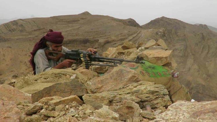 قوات الجيش تشن هجوما مباغتا على مواقع المليشيا في صرواح وتكبدها خسائر فادحة