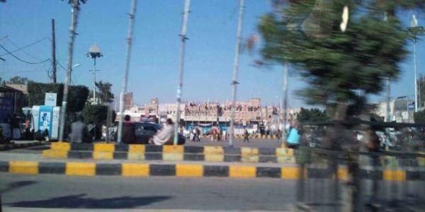 مليشيا الحوثي تستحدث نقاط تفتيش جديدة في صنعاء وتنشر مسلحيها في الشوارع