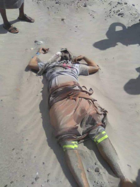 العثور على جثة شاب بجانب الخط العام الرابط بين محافظتي عدن وأبين