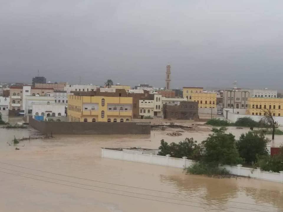 """المهرة: تقريراً أولياً عن حجم أضرار إعصار """"لبان"""""""