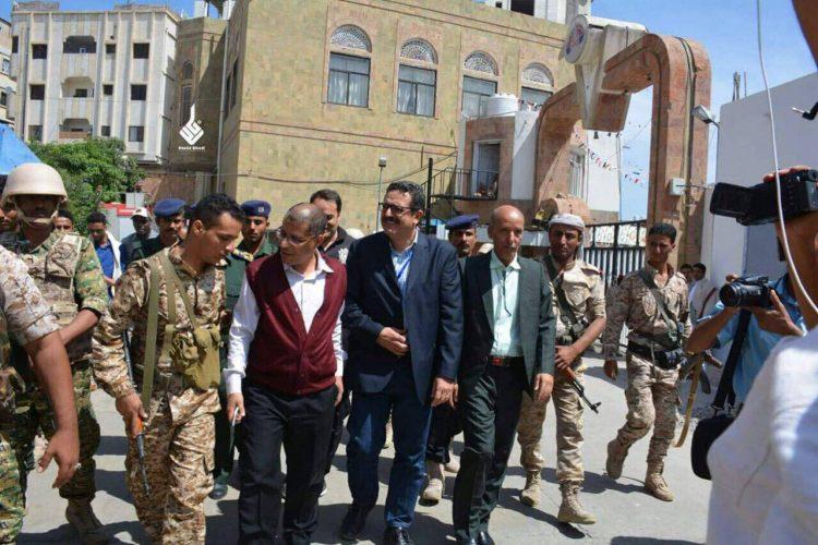 تمهيدا لزيارة المدينة.. الفريق الأمني التابع للمبعوث الأممي إلى اليمن يصل تعز