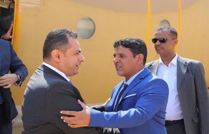 رئيس الوزراء يصدر قرارًا بتشكيل لجنة وزارية لمعالجة آثار الكوارث التي خلفها إعصار لبان في المهرة