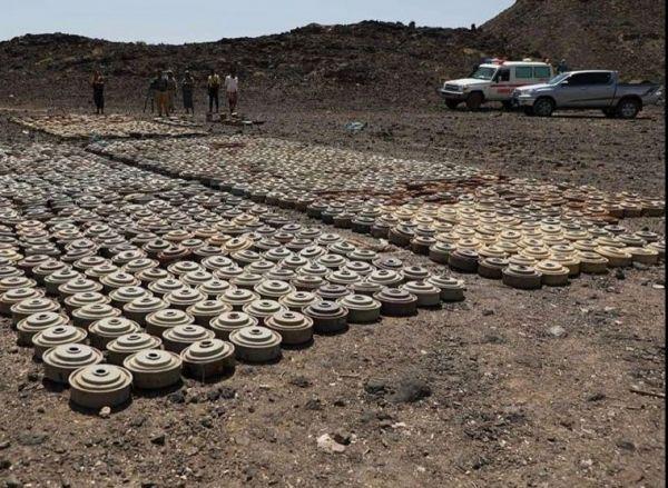 مسام ينتزع أكثر من 11 الف لغم أرضي زرعتها المليشيات في عدد من المدارس والبيوت باليمن